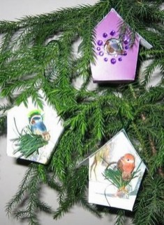 Stunning And Unique Recycled Christmas Tree Decoration Ideas 34
