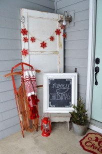 Welcoming Christmas Entryway Decoration For Your Home 45
