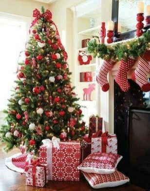 Awesome Red And White Christmas Tree Decoration Ideas 26