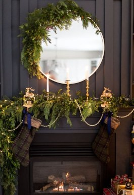 Beautiful Flower Christmas Decoration Ideas 23