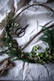 Beautiful Flower Christmas Decoration Ideas 25