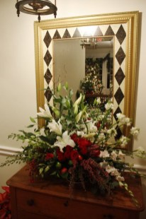 Beautiful Flower Christmas Decoration Ideas 48