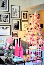 Best Ideas For Apartment Christmas Decoration 02