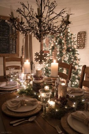Best Ideas For Apartment Christmas Decoration 27