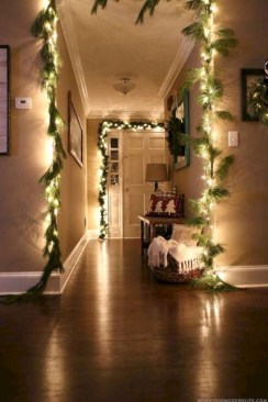 Best Ideas For Apartment Christmas Decoration 35
