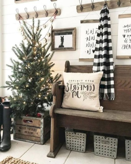 Creative RV Remodel Ideas For Christmas 02