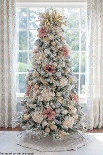 Cute Pink Christmas Tree Decoration Ideas You Will Totally Love 14