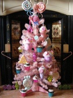 Cute Pink Christmas Tree Decoration Ideas You Will Totally Love 30