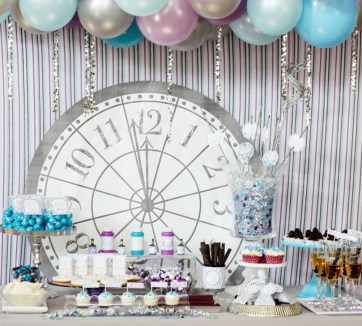 Easy DIY New Years Eve Party Decor Ideas 35