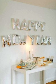 Easy DIY New Years Eve Party Decor Ideas 52