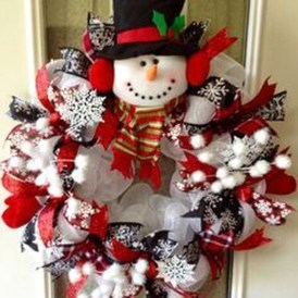 Excellent Christmas Wearth Decoration For Your Door 04