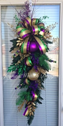 Excellent Christmas Wearth Decoration For Your Door 54