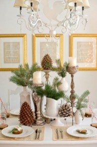 Eye Catching Kitchen Table Christmas Decoration Ideas 01