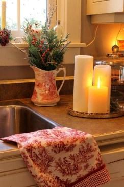 Fabulous Kitchen Christmas Decoration Ideas 27