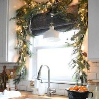 Fabulous Kitchen Christmas Decoration Ideas 45