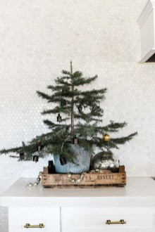 Fabulous Kitchen Christmas Decoration Ideas 46