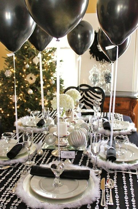 Fantastic New Years Eve Party Table Decoration Ideas 51