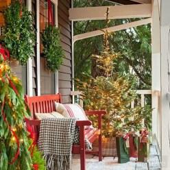 Favorite Christmas Porch Decoration Ideas 28