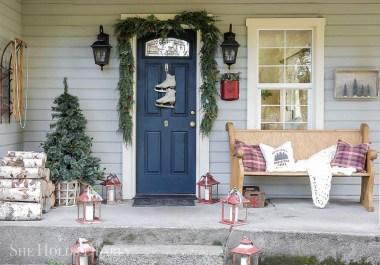 Favorite Christmas Porch Decoration Ideas 39