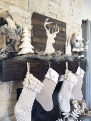 Gorgeous Farmhouse Christmas Tree Decoration Ideas 21