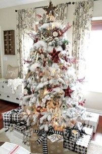 Inspiring Christmas Decoration Ideas For Your Living Room 13