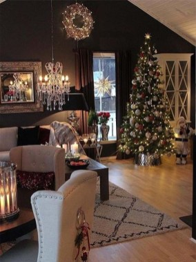 Inspiring Christmas Decoration Ideas For Your Living Room 15