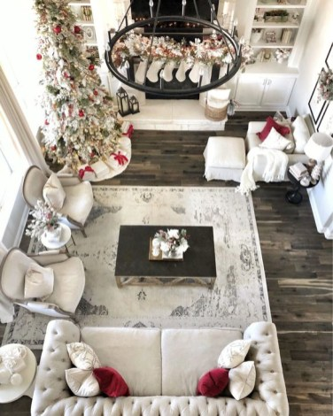 Inspiring Christmas Decoration Ideas For Your Living Room 45