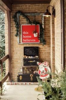 Inspiring Wooden Winter Decoration Ideas 03