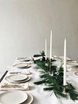 Minimalist Christmas Decoration On A Budget 06