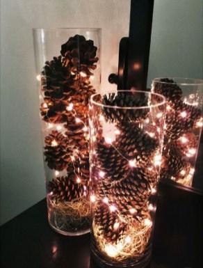 Minimalist Christmas Decoration On A Budget 30