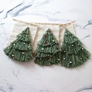 Minimalist Christmas Decoration On A Budget 42