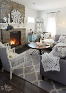 Popular Winter Living Room Design For Inspiration 22