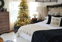 Pretty Christmas Decoration Ideas For Your Bedroom 35