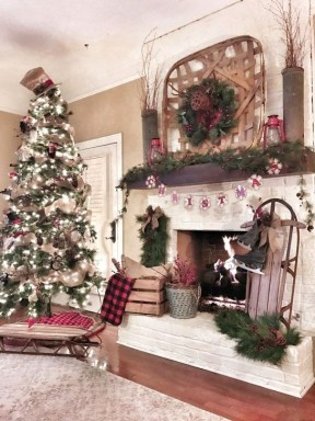 Rustic Farmhouse Christmas Decoration Ideas 37