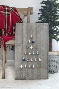 Rustic Farmhouse Christmas Decoration Ideas 49
