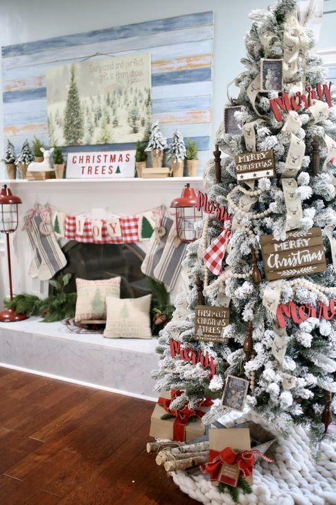 Smart Fireplace Christmas Decoration Ideas 34