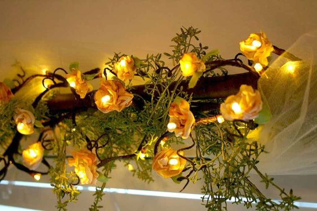 Stunning Shabby Chic Christmas Decoration Ideas 09