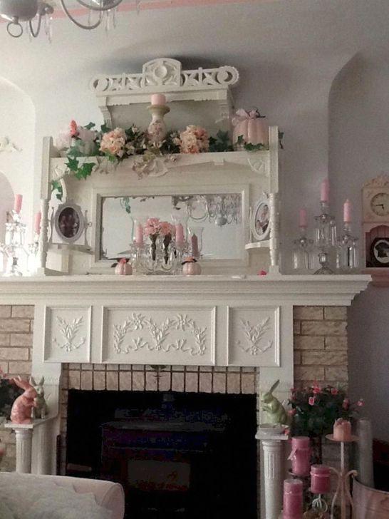 Stunning Shabby Chic Christmas Decoration Ideas 27
