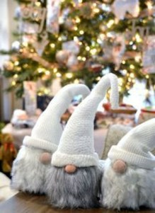 Wonderful Scandinavian Christmas Decoration Ideas 42