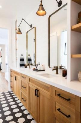 Adorable Beach Bathroom Design Ideas 36