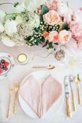 Beautiful Valentines Day Table Decoration Ideeas 13