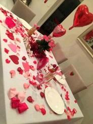 Beautiful Valentines Day Table Decoration Ideeas 20