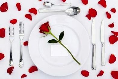 Beautiful Valentines Day Table Decoration Ideeas 32