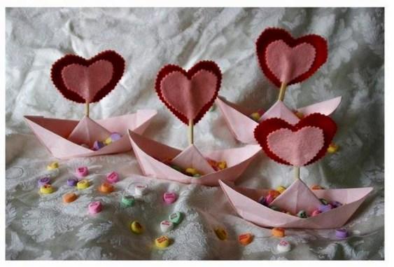 Beautiful Valentines Day Table Decoration Ideeas 54