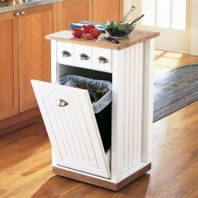 Best DIY Kitchen Storage Ideas For More Space In The Kitchen 11