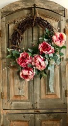 Best Ideas To Decorate Your Porch For Valentines Day 12