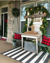 Best Ideas To Decorate Your Porch For Valentines Day 22