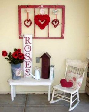 Best Ideas To Decorate Your Porch For Valentines Day 42