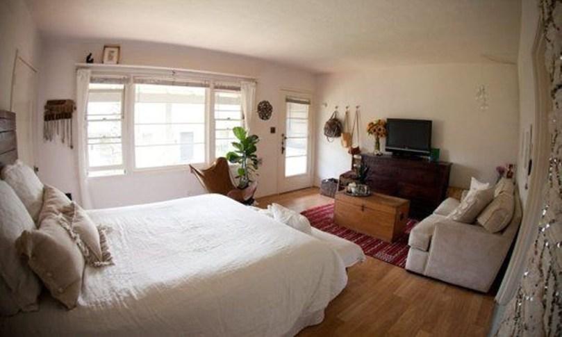 Brilliant Studio Apartment Decor Ideas On A Budget 41