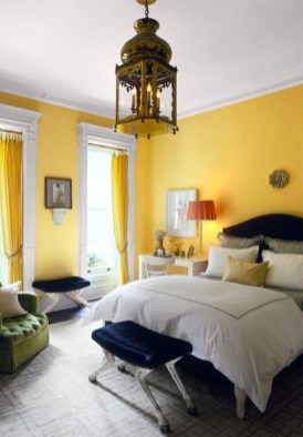 Delightful Yellow Bedroom Decoration And Design Ideas 16